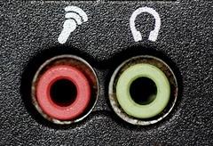Разъем ноутбука для подключения микрофона