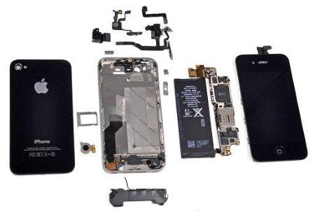 Насколько сложно ремонтировать iPhone?