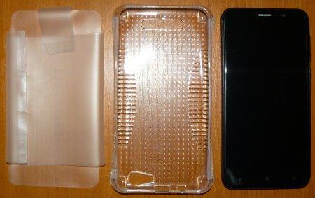 Телефон с силиконовым чехлом и защитным транспортировочным чехлом